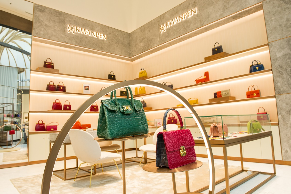 Robinsons Hall of Fashion and Accessories (08)