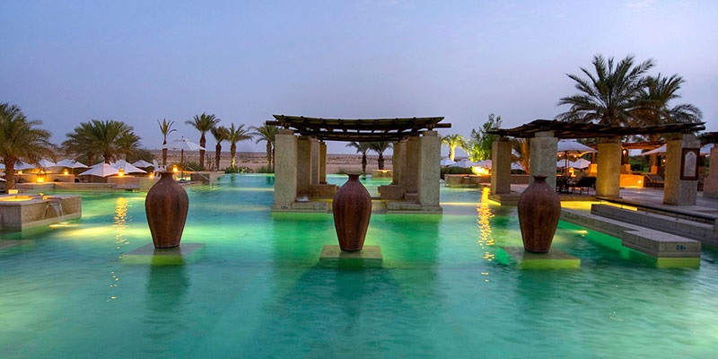 celebrate valentine's day at bab al shams