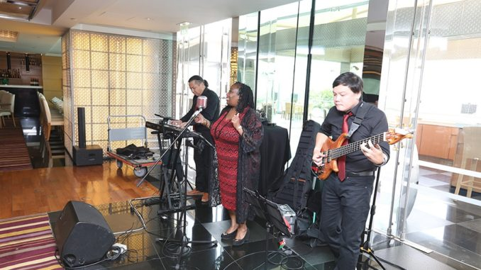 Live Entertainment - UAE National Day at The Meydan Hotel