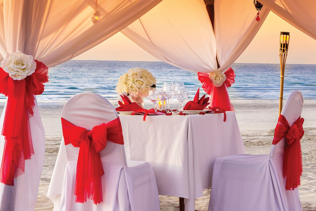 celebrate valentine's day at ajman hotel