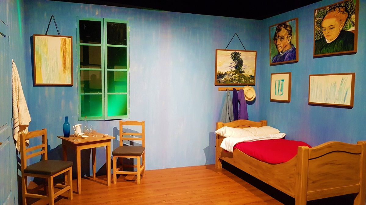 Van Gogh Alive - Bedroom in Arles