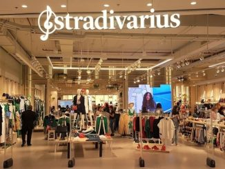 Stradivarius Grand Opening - Dubai Mall