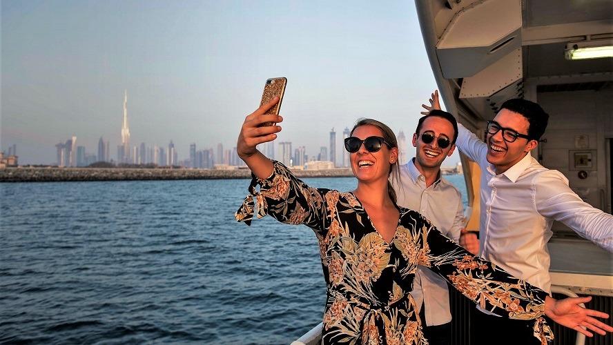 Dubai Ferry - RTA Emaar Service