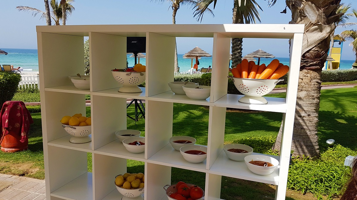 Ajman Hotel - Friday Garden Brunch - BBQ & Live Cooking (03)
