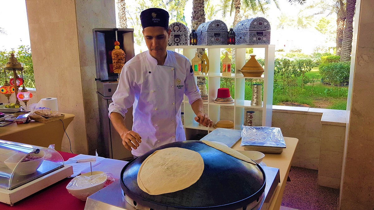 Ajman Hotel - Friday Garden Brunch - BBQ & Live Cooking (05)