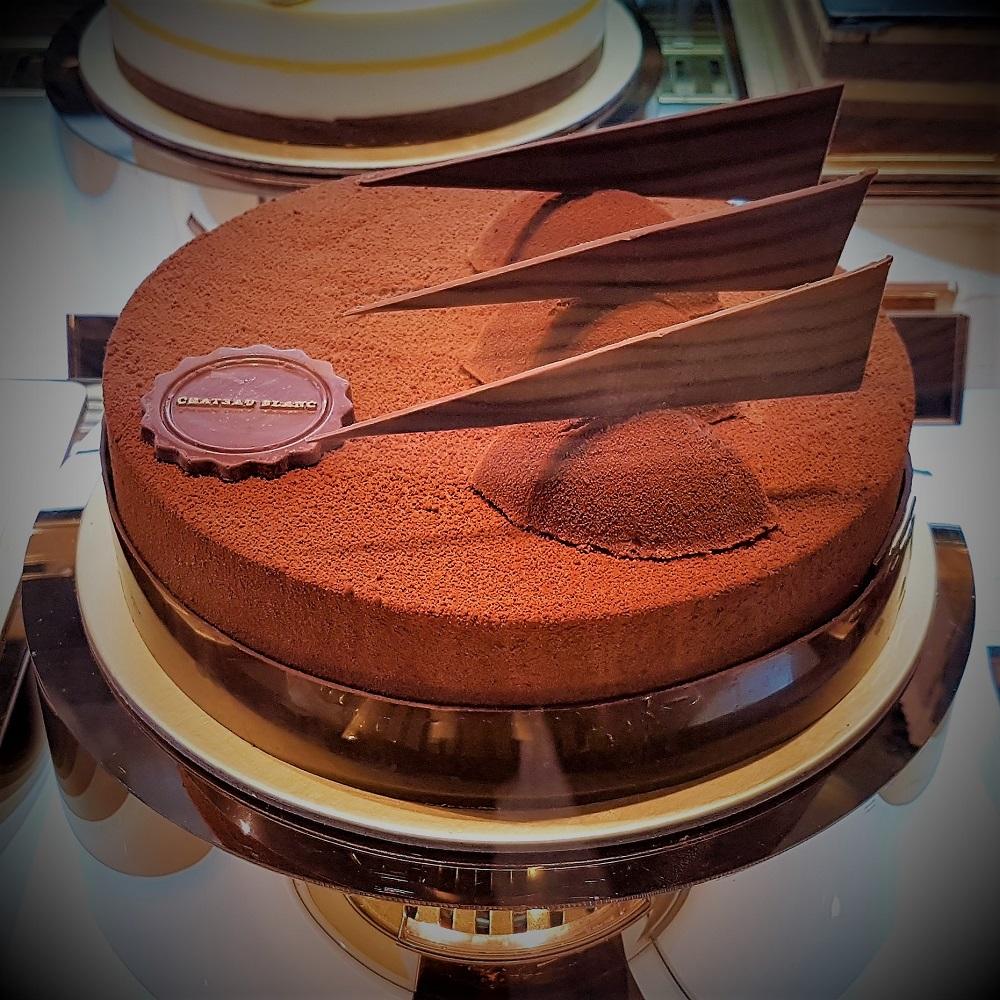 Chateau Blanc - Cakes - Lush Chocolate