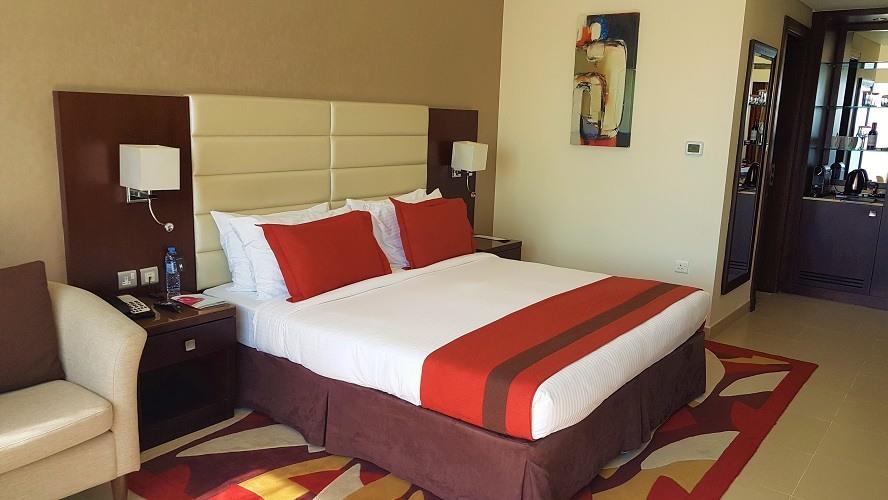 Comfortable Luxury Suites - M Hotel Downtown by Millennium